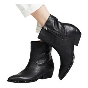 NWOT Sam Edelman Ava Western Black Leather Ankle Booties Size 7/37